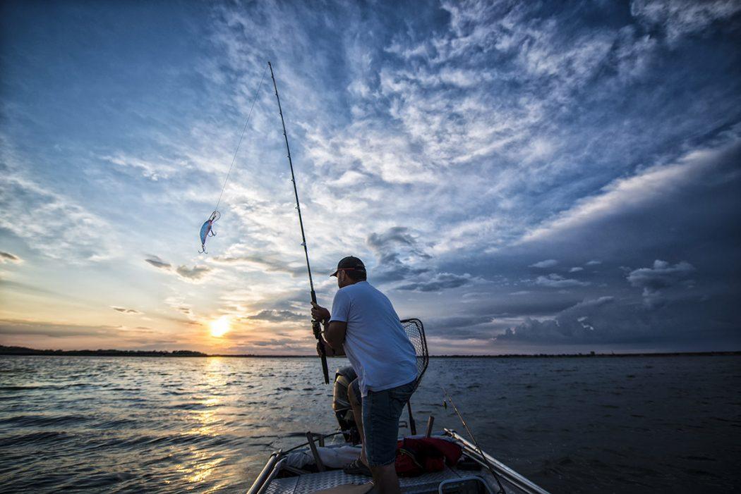 Cancun fishing tours pirate show cancun for Fishing in cancun