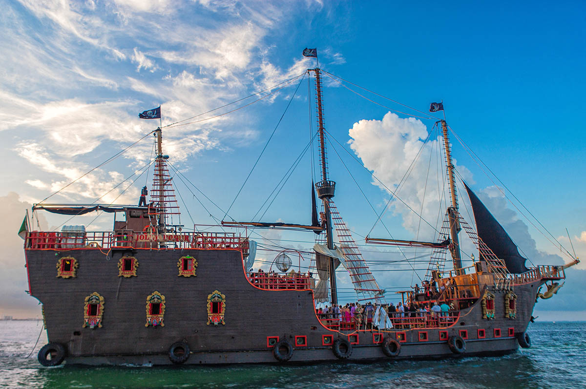Pirates Of The Caribbean Tour