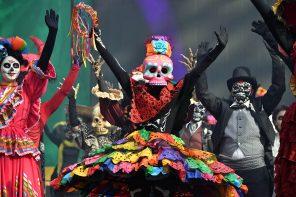 Celebrate Día de Los Muertos in Cancun (2019)
