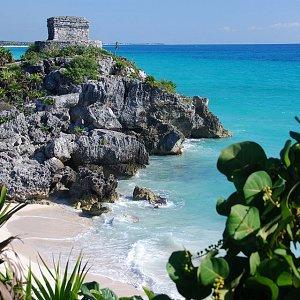 Travel To Riviera Maya Pirate Show Cancun