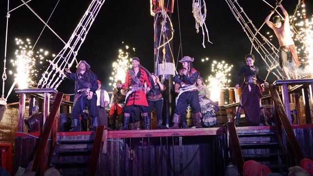 The last pirate show cancun jolly roger